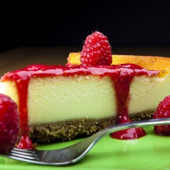 Cheese cake con coulis di lamponi