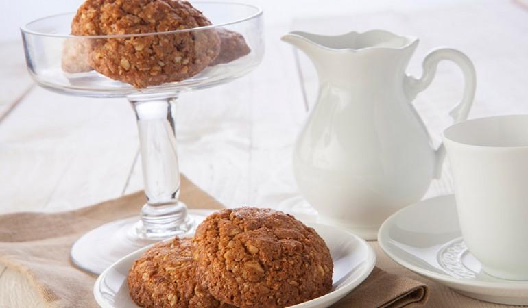 biscotti-con-uvetta-e-cannella