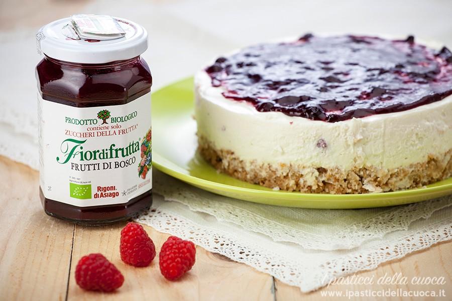 Cheesecake-ai-frutti-di-bosco-Rigoni