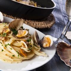 Spaghetti-alle-vongole_evidenza