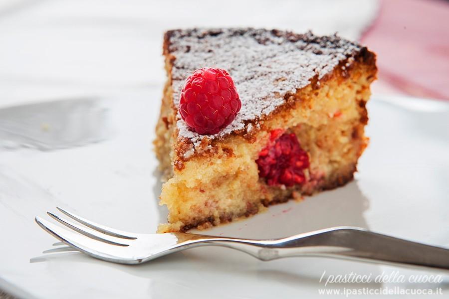 Torta-caprese_fetta-di-torta