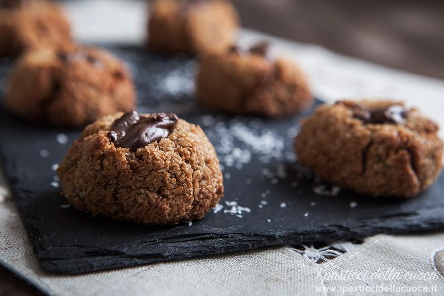 Biscottini-al-cocco-e-nocciolata_1