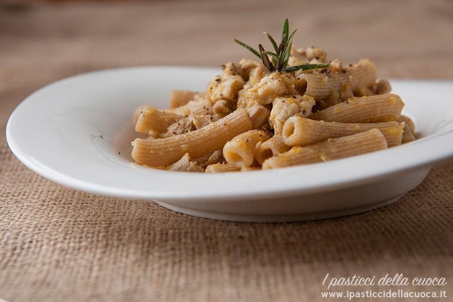 maccheroncini-ragù-pollo_2