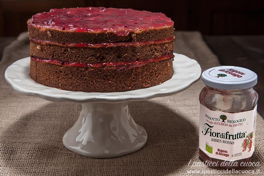 torta al grano saraceno con marmellata di ribes rosso