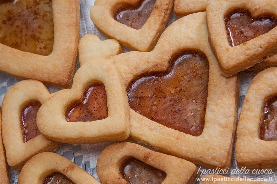 Primo piano di biscotto cuor di zucchero