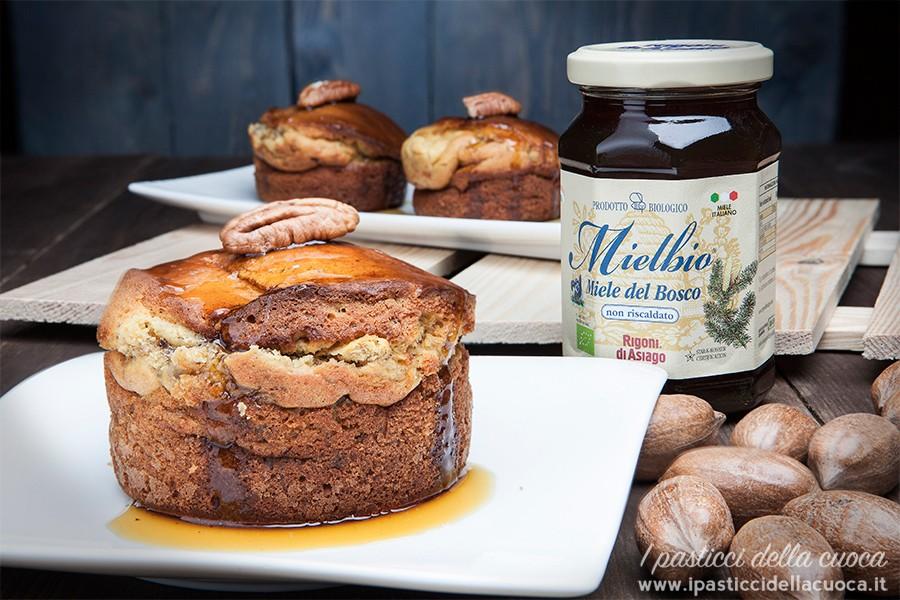 Torta-di-ricotta-miele-e-noci-pecan_Rigoni