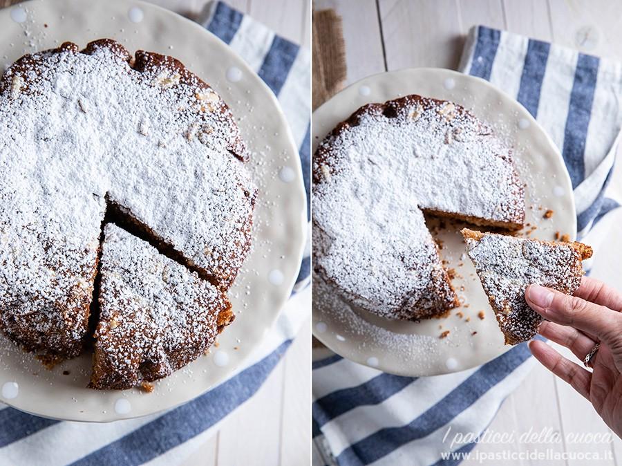 Torta-di-castagne_Fetta-di-torta-in-mano-con-zucchero-a-velo