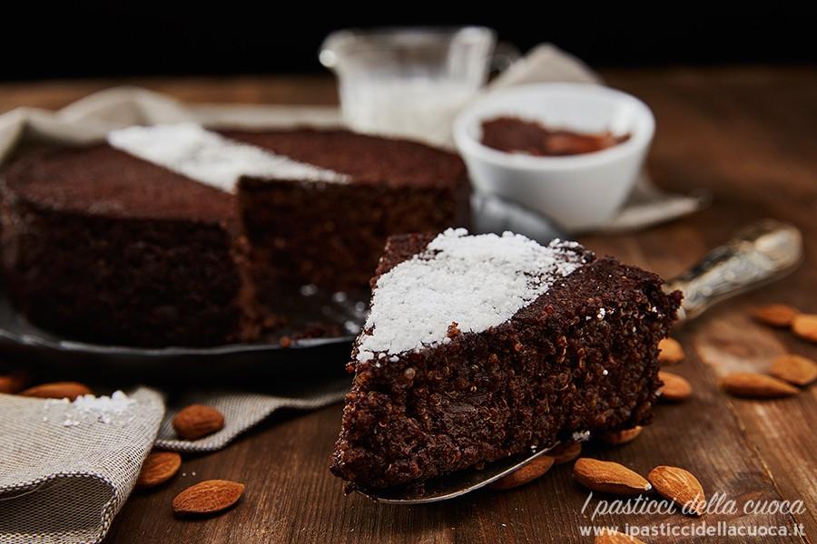 Torta-alla-quinoa-e-nocciolata_fetta