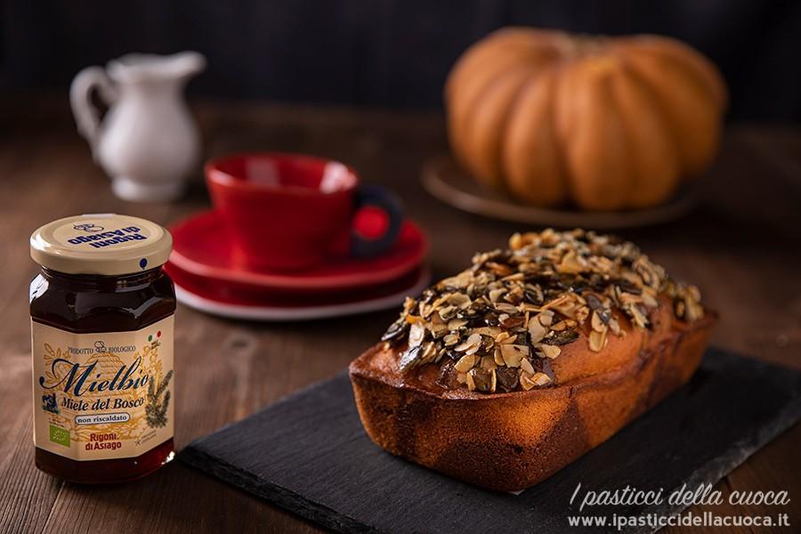 plum-cake-zucca-miele